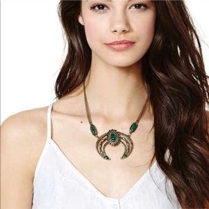 NWOT Nasty Gal necklace